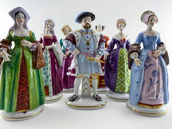 "Porcelain figurines ""Henry VIII and his wives"". Germany, Sitzendorf, handmade, 1918 - 1949 gg. - photo 1"