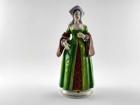 "Porcelain figurines ""Henry VIII and his wives"". Germany, Sitzendorf, handmade, 1918 - 1949 gg. - photo 3"