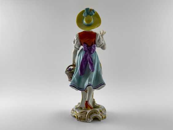 """Porcelain figurine """"Flower girl"""". Germany, Volkstedt, perfect condition, 1945 - 1951 - photo 3"""