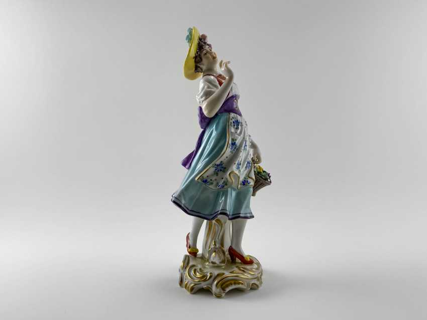 """Porcelain figurine """"Flower girl"""". Germany, Volkstedt, perfect condition, 1945 - 1951 - photo 4"""