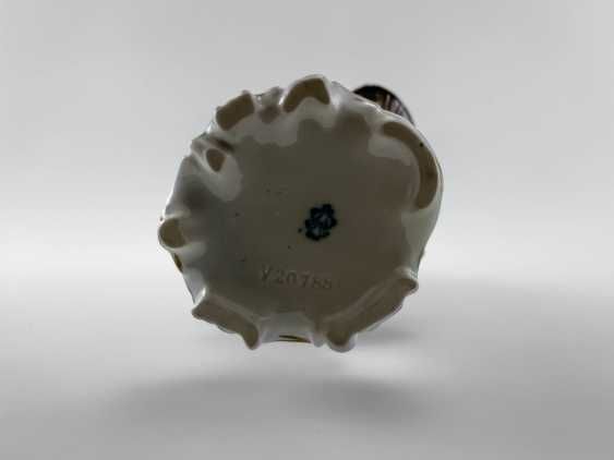 """Porcelain figurine """"Flower girl"""". Germany, Volkstedt, perfect condition, 1945 - 1951 - photo 5"""