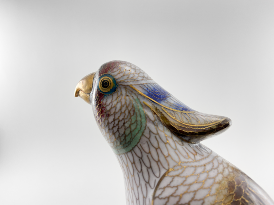"""Figurine """"pileated Parrot"""". China, enamel, handmade, the second half of the 20th century. - photo 3"""