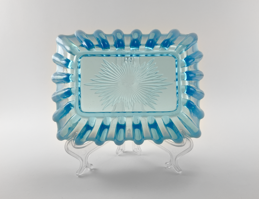 Vase of pressed colored glass, England, the company is Davidson, perfect condition, 1889 - photo 3