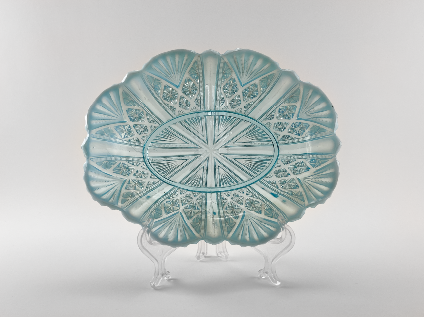 Vase of pressed colored glass, England, the company is Davidson, perfect condition, 1890. - photo 1