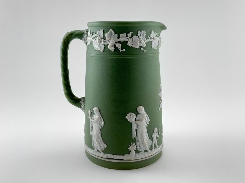 "Jug Wedgwood ""Vine"". Neo-classicism, England, biscuit porcelain, handmade. 1891 - 1908 - photo 1"