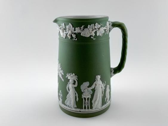 "Jug Wedgwood ""Vine"". Neo-classicism, England, biscuit porcelain, handmade. 1891 - 1908 - photo 2"