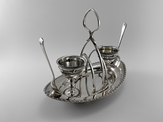 "Stand for eggs ""Duet."" England, art Nouveau, Silver, 1920 - photo 3"