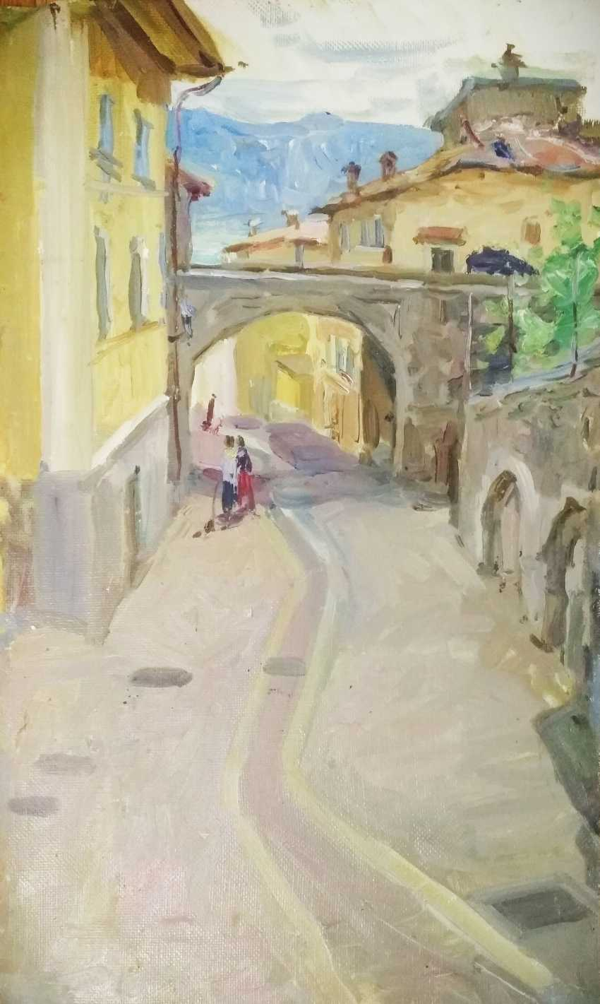 Sofia Basova. Blick auf die alte Straße von Gargnano - Foto 1