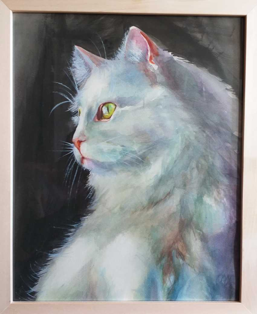 Ivan Tikhonov. White cat - photo 1