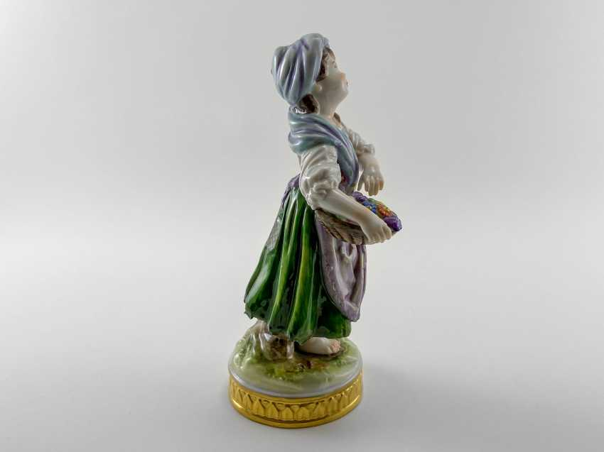 "Porcelain figurine ""Floraison"". Germany, Volkstedt, perfect condition, 1945 - 1951 - photo 4"