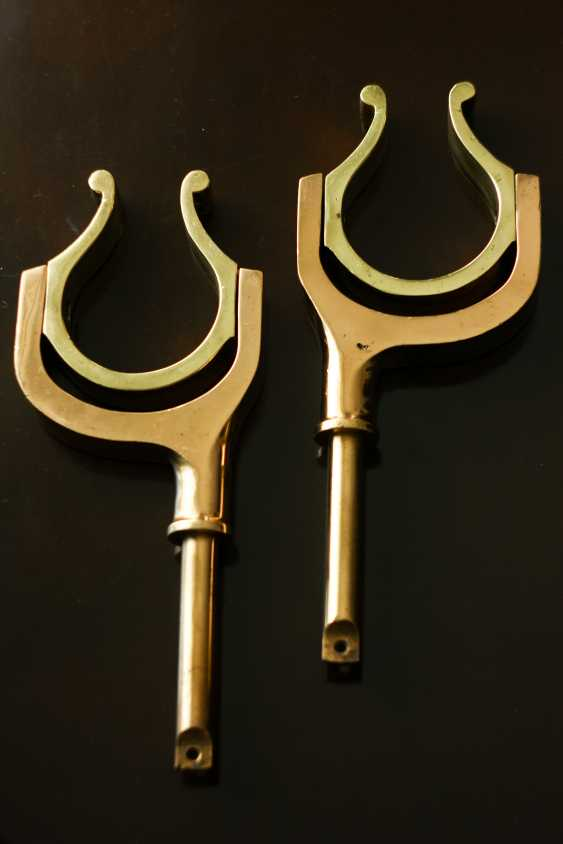 Igor Marukha. ANTIQUE BRITISH BRASS OAR LOCKS - photo 1