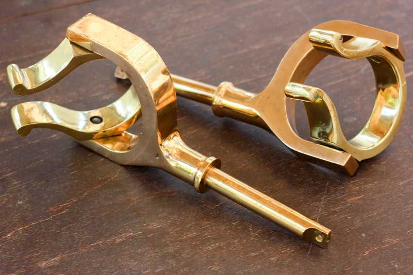 Igor Marukha. ANTIQUE BRITISH BRASS OAR LOCKS - photo 3