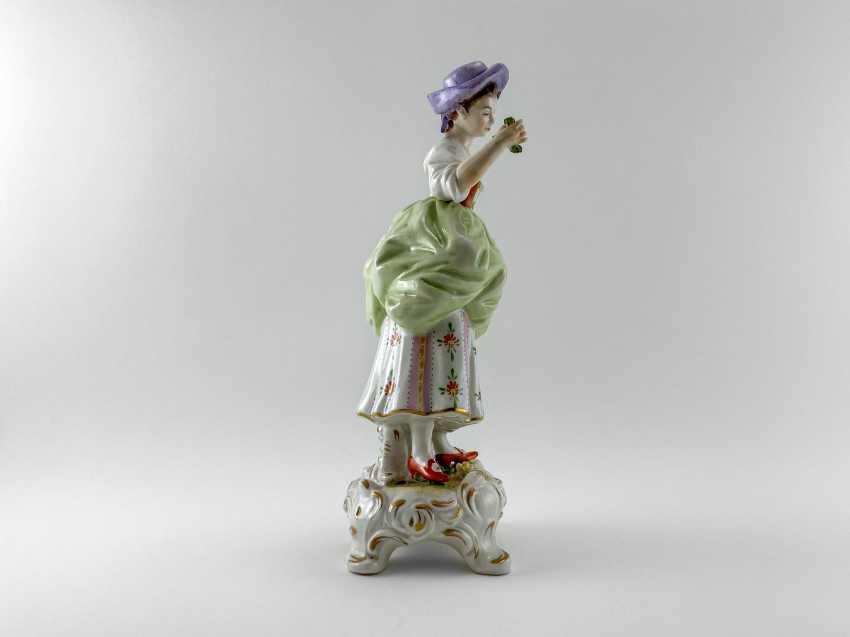 "Porcelain figurine ""Blumen"". Germany, Rudolf Kämmer, handmade, 1953-1972 - photo 4"