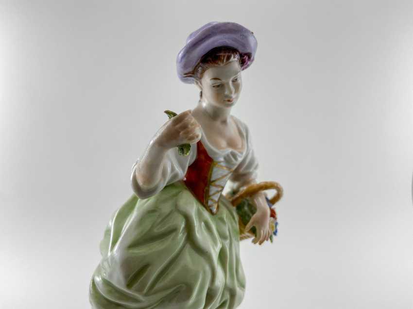 "Porcelain figurine ""Blumen"". Germany, Rudolf Kämmer, handmade, 1953-1972 - photo 5"