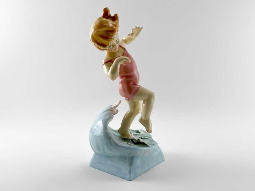"Porcelain figurine ""Vacation"". England, Royal Worcester, hand made, 1950-e gg - photo 4"