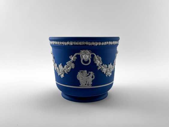 "Pots Wedgwood ""Ampelos"". Neo-classicism, England, biscuit porcelain, handmade. 1891 - 1908 - photo 4"
