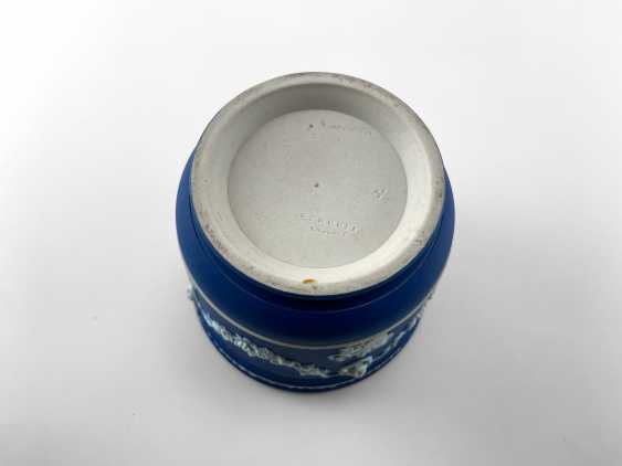 "Pots Wedgwood ""Ampelos"". Neo-classicism, England, biscuit porcelain, handmade. 1891 - 1908 - photo 5"