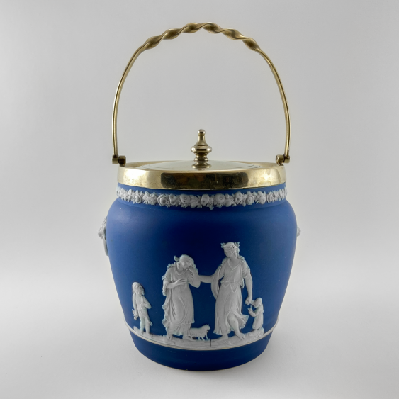 Biskvitnyi Wedgwood. Neo-classicism, England, biscuit porcelain, handmade. 1860-1891 years. - photo 1