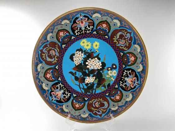 "Dish ""Hanataba"". Japan, enamel, handmade, Meiji period 1868 - 1912gg. - photo 1"