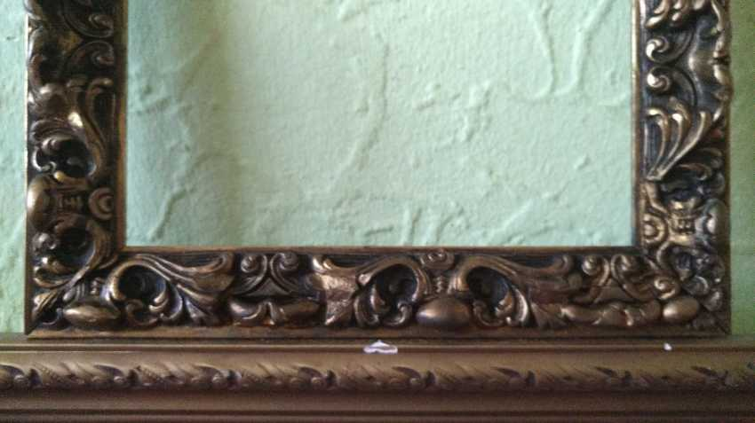 Antique painting frame. Wood, plaster. Restored! - photo 3