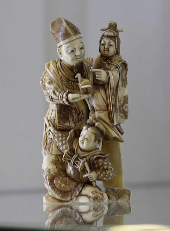 Okimono, ivory 19th century - photo 1