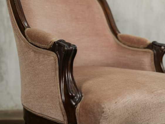 Antique armchair - photo 4