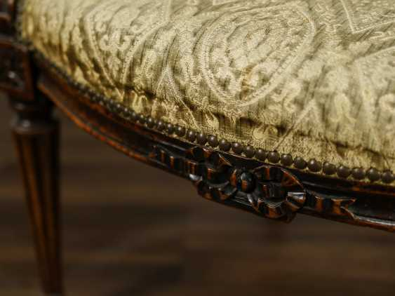 Antique carved armchair - photo 7