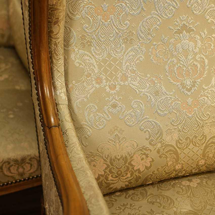Trois fauteuils anciens - photo 5