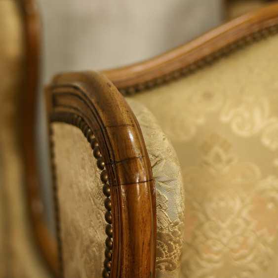 Trois fauteuils anciens - photo 6