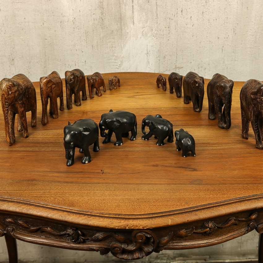 Antique collection of elephants of three types - photo 2