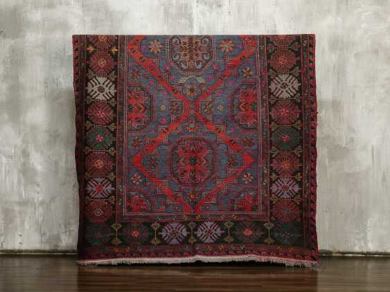 Antique one-sided lint-free carpet - photo 1