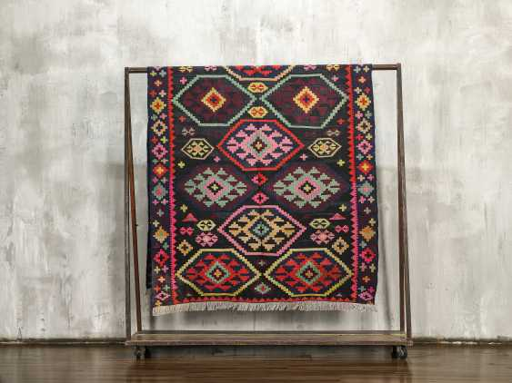 Antique double-sided lint-free carpet - photo 1