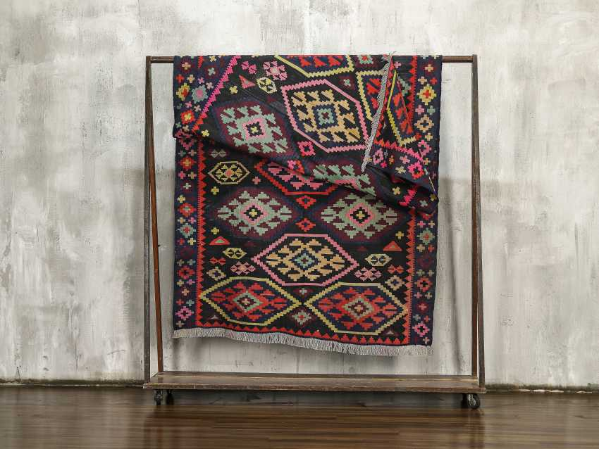 Antique double-sided lint-free carpet - photo 4