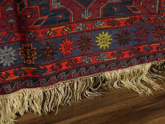 Antique single-sided lint-free carpet - photo 3