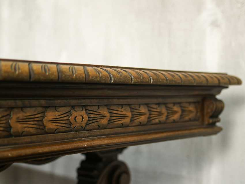 Antique carved dining table - photo 4