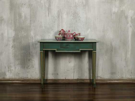 Antique side table - photo 1