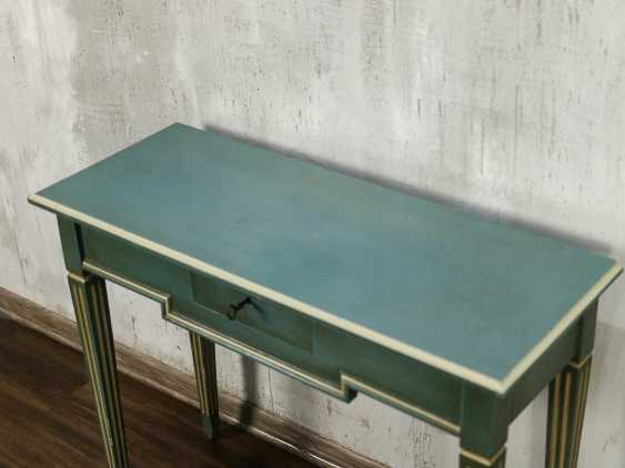 Antique side table - photo 5
