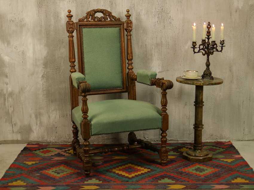 Antiker geschnitzter Sessel - Foto 1
