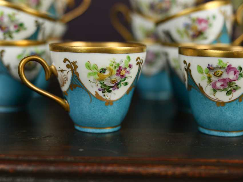 Antique set of 12 coffee cups - photo 4