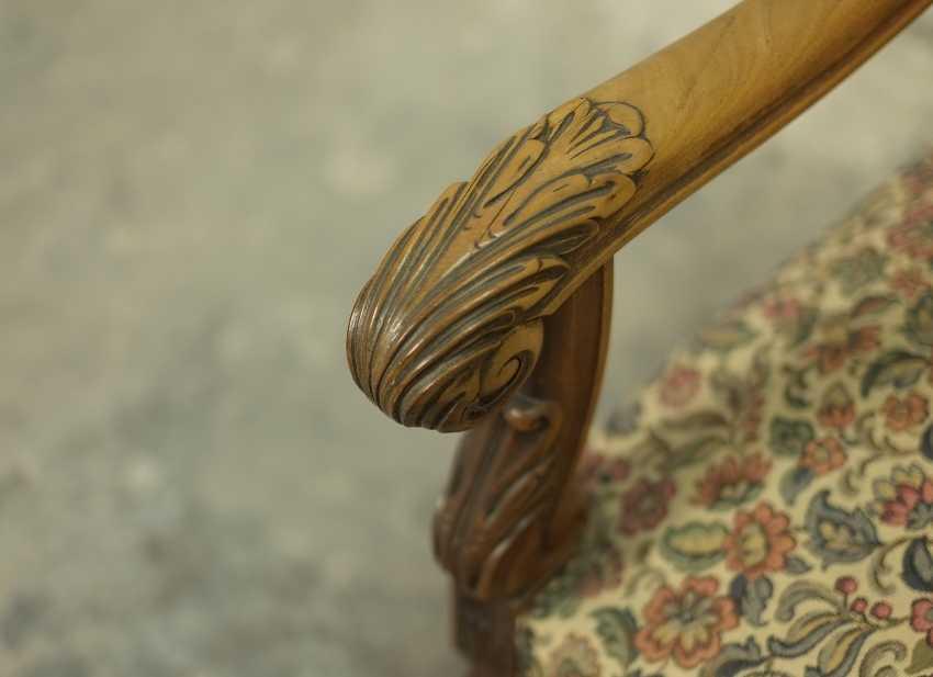Antique throne chair - photo 3
