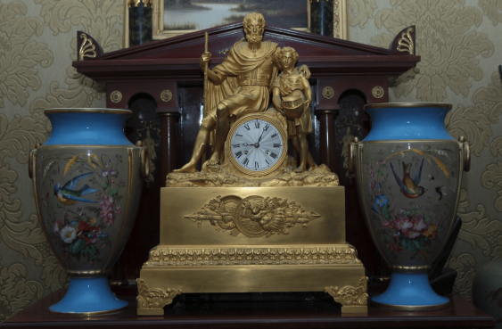 Mantel clock.France, early XIX century - photo 1