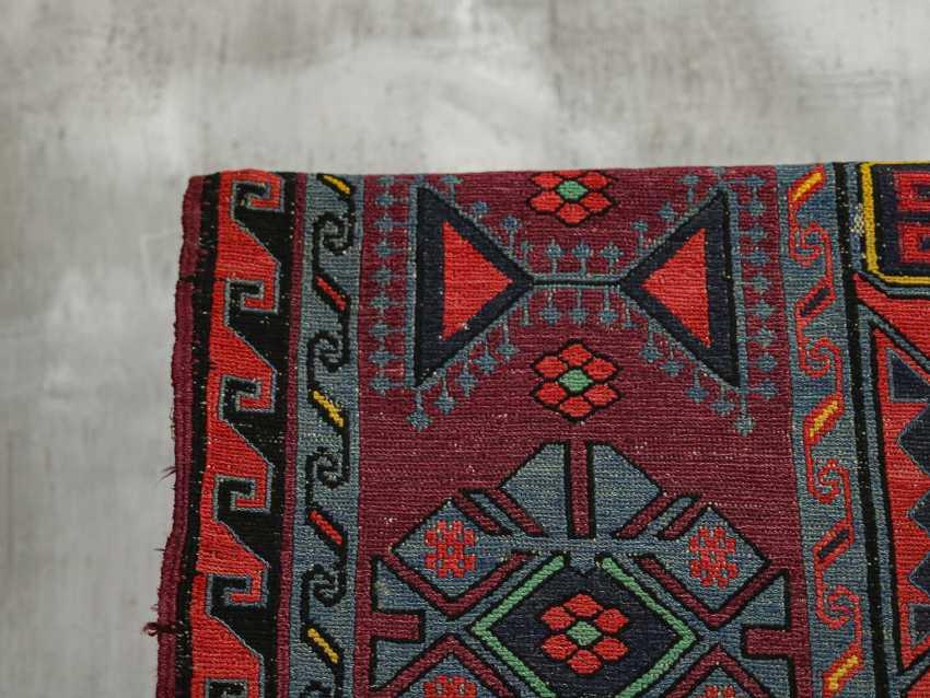Antique single-sided lint-free carpet - photo 5