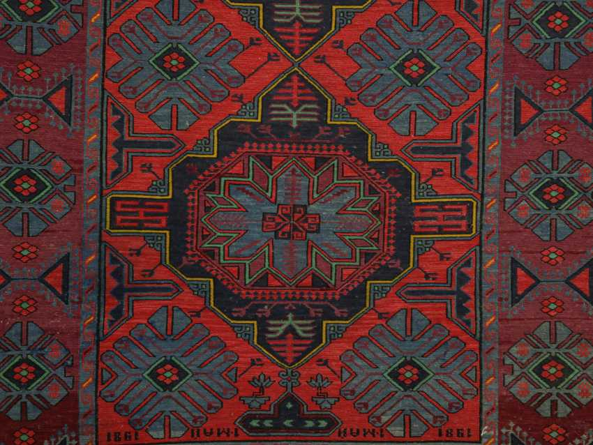Antique single-sided lint-free carpet - photo 8