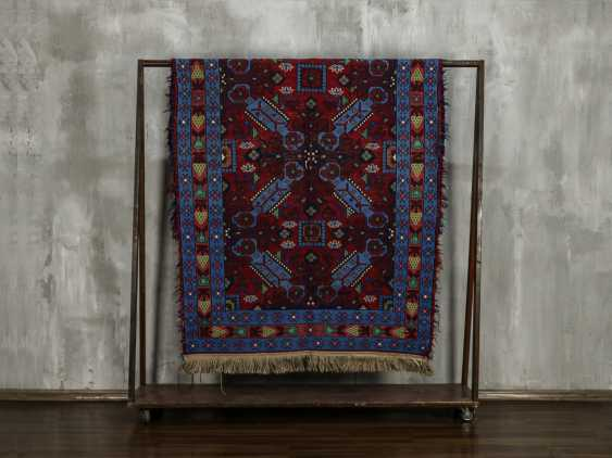 Antique single-sided lint-free carpet - photo 1