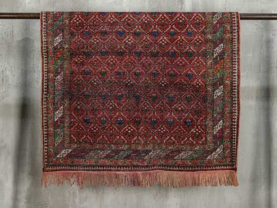 Antique one-sided pile carpet - photo 8