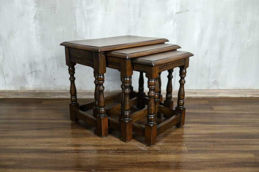 Vintage set of nesting tables - photo 1