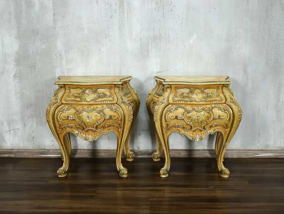 Pair of vintage bedside tables - photo 1