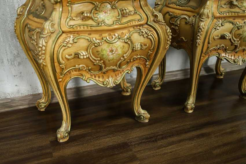 Pair of vintage bedside tables - photo 2