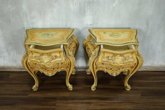 Pair of vintage bedside tables - photo 3