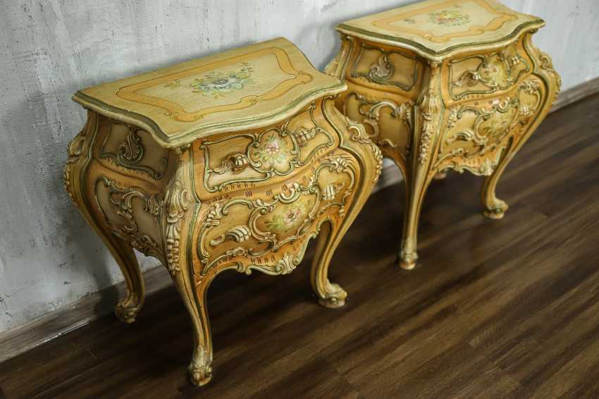 Pair of vintage bedside tables - photo 4
